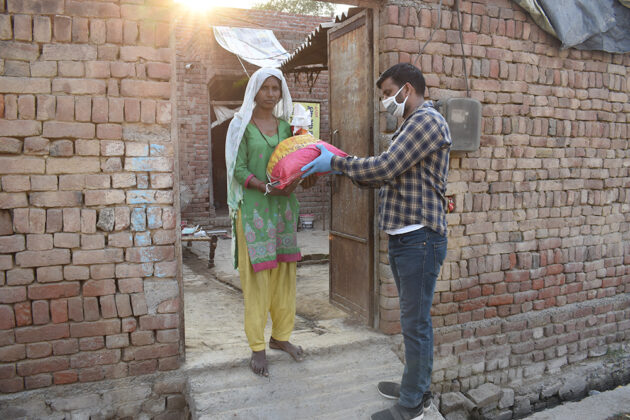 COVID-19-Relief-Projects-Led-by-AYUDH-Delhi-and-Amrita-Hospitals-02.jpg