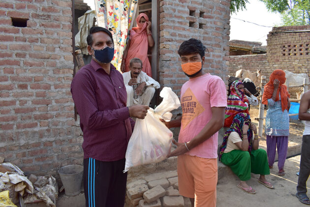 COVID-19-Relief-Projects-Led-by-AYUDH-Delhi-and-Amrita-Hospitals-04.jpg