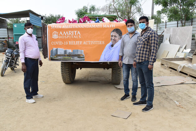 COVID-19-Relief-Projects-Led-by-AYUDH-Delhi-and-Amrita-Hospitals-07.jpg